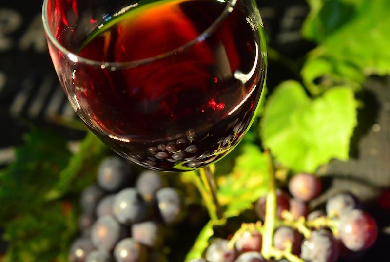 Resveratrol pro zdraví i krásu aneb červené víno není jen na srdce